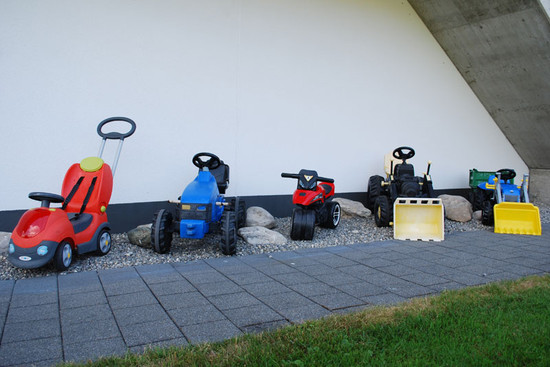 Pedal tractors & toys